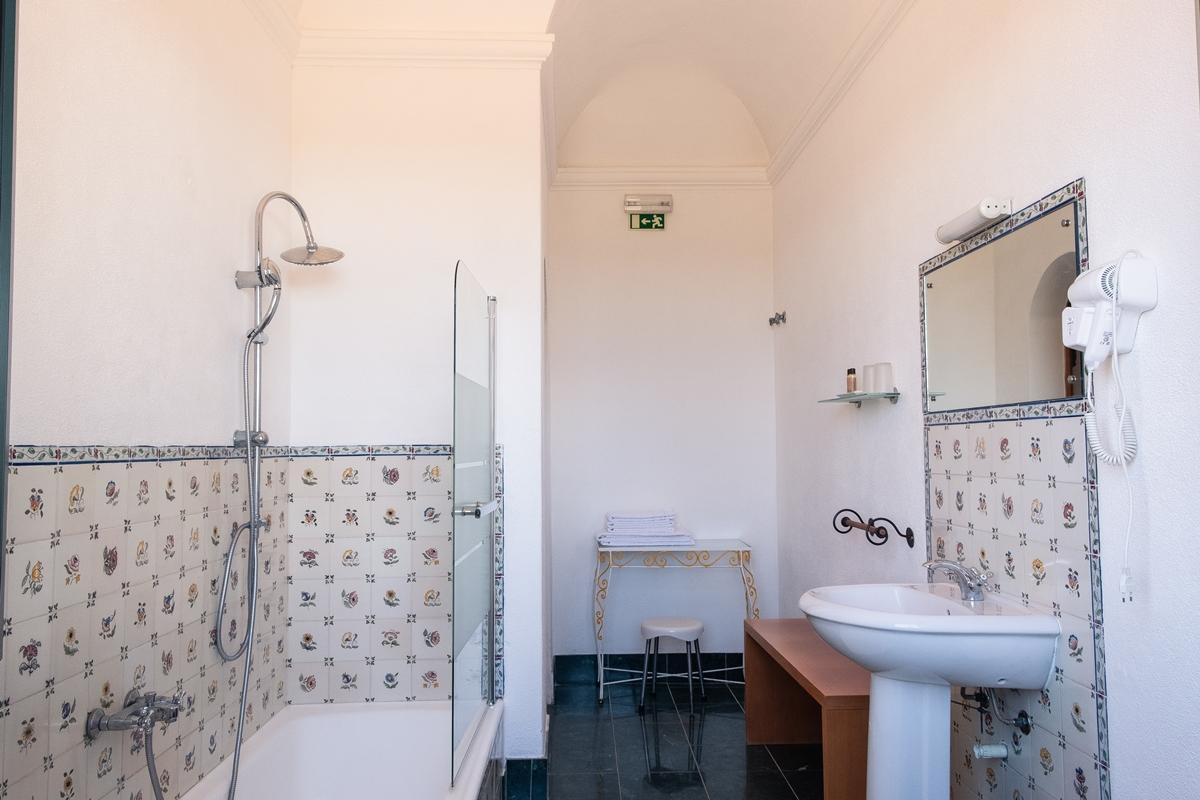 Casa de banho com banheira Herdade Vale de Cabras, Portel, Alentejo